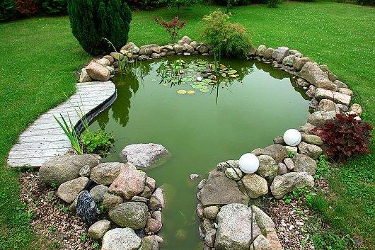 jak vybudovat zahradní jezírko