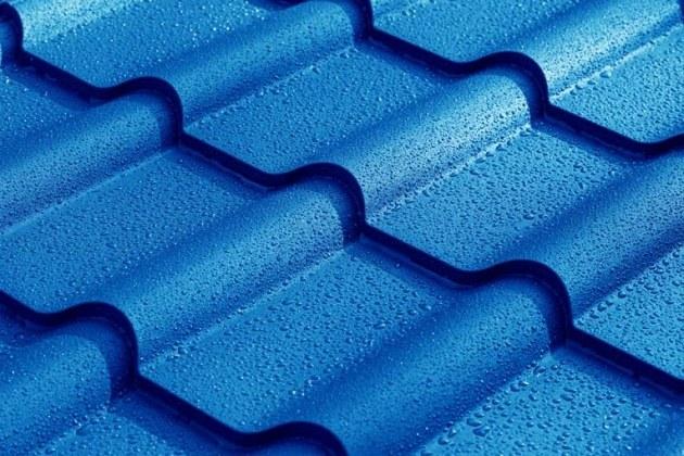 čím natřít střechu